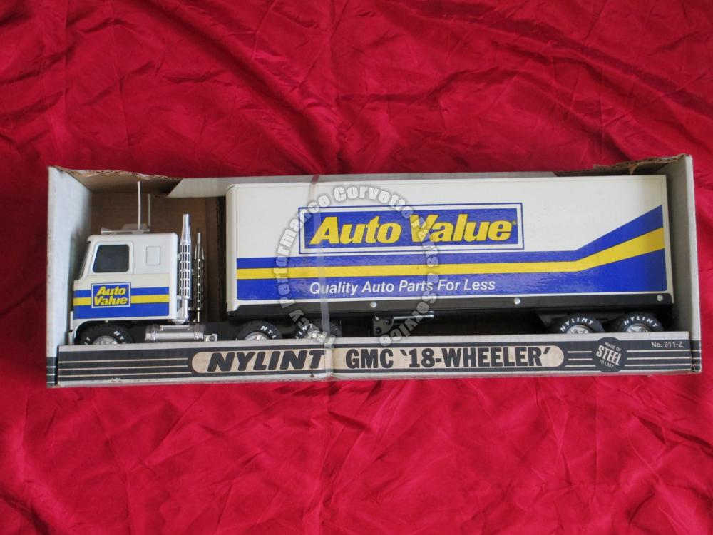 Nylint GMC 18 Wheeler 911-Z Auto Value Quality Auto Parts Steel Cab & Trailer