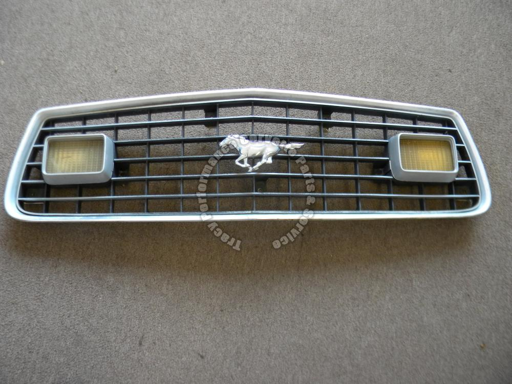 1975 Mustang Grille Grill D5ZB-8150 w/Parking T/S Lamps+Pony Emblem D5ZB-8216-AB