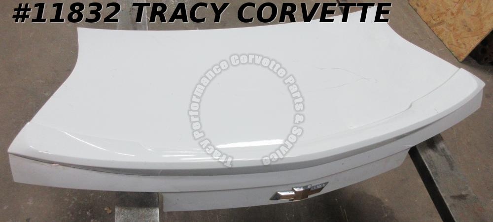 2010-2013 Camaro Chevrolet Decklid with Spoiler White 2011 2012