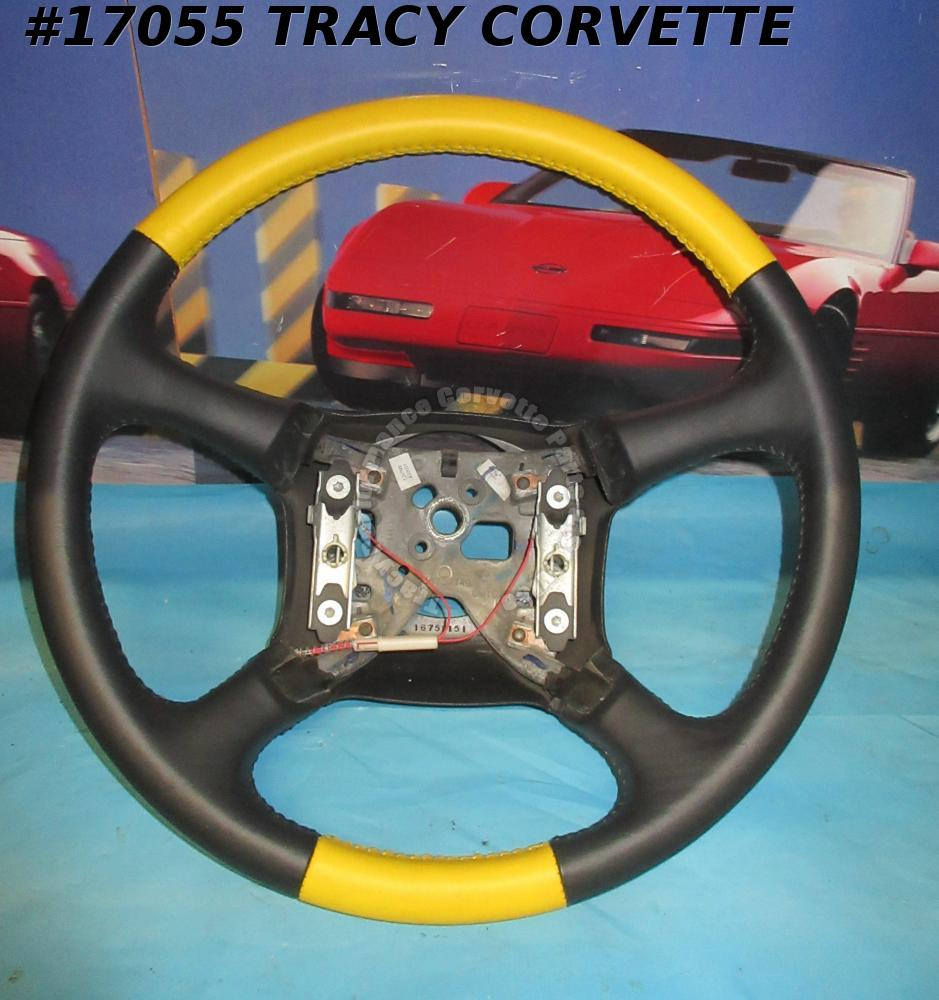 1999-2005 Chevrolet GMC Leather Steering Wheel 16759149 16759151 Yellow Like New