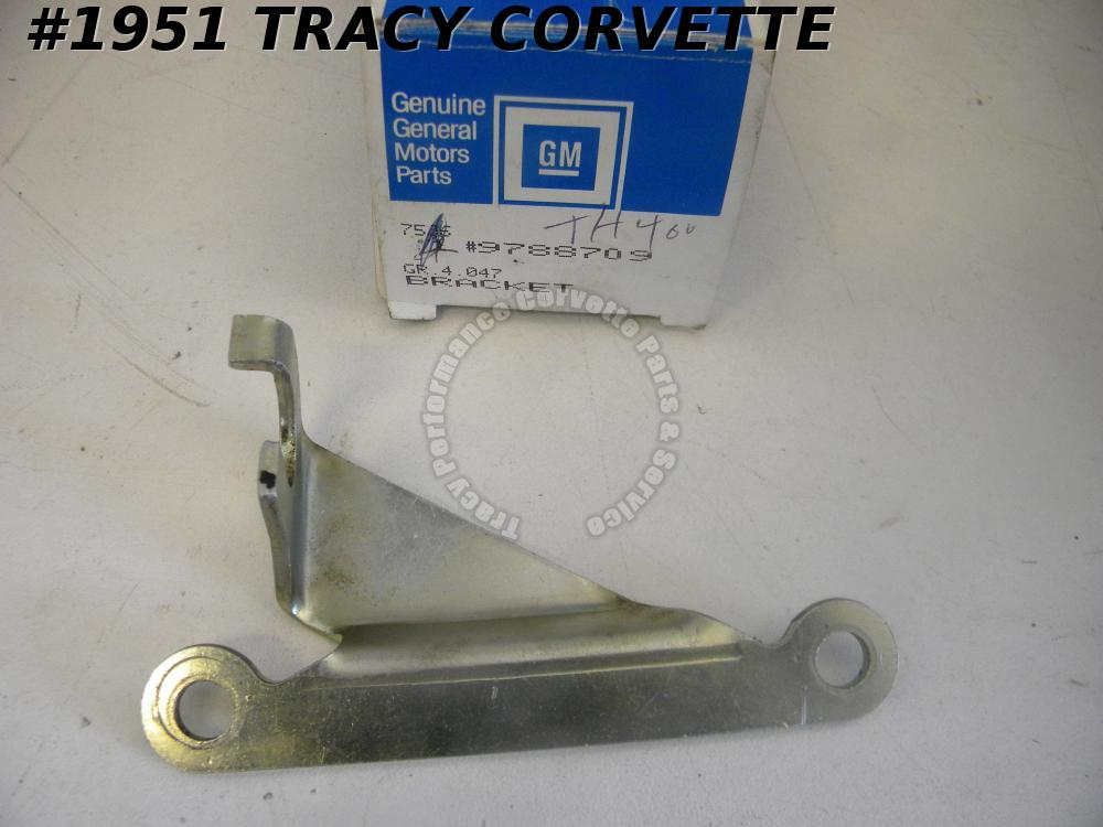 1968-77 Corvette NOS 9788709 TH400 Shift Control Bracket 69 70 71 72 73 74 75 76